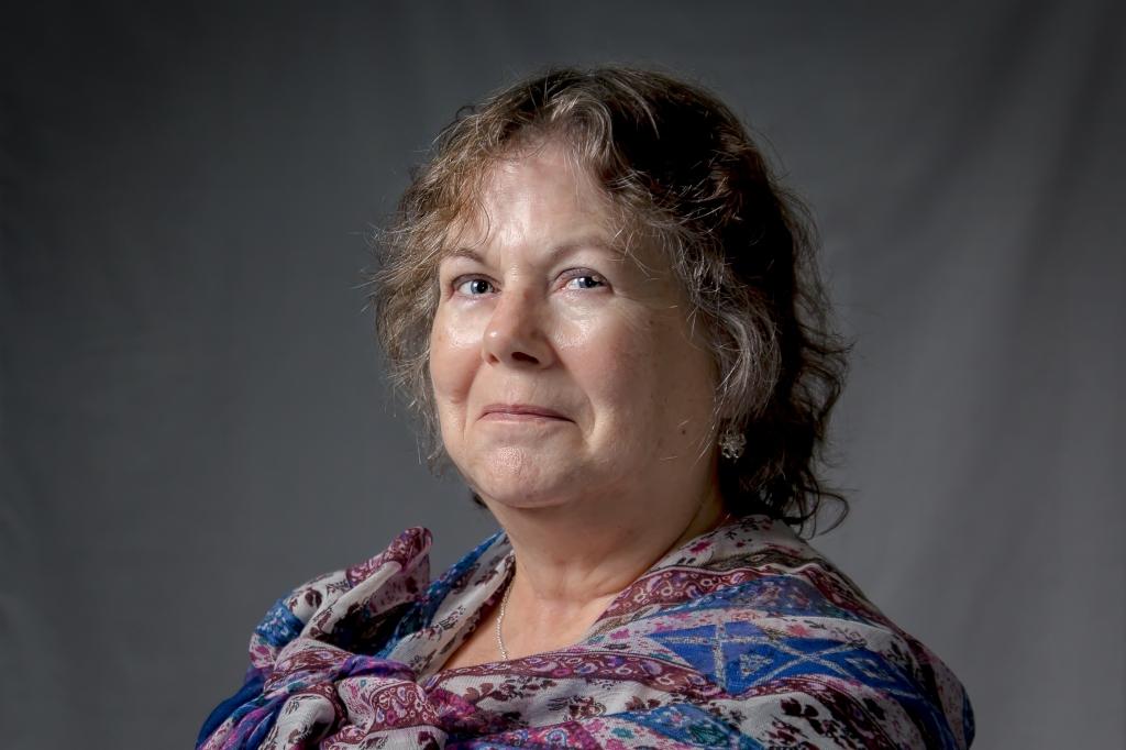 Lynne Collier  portrait photo by Ken Percy